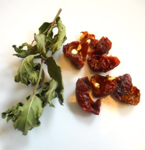 Dried mint and rose hips
